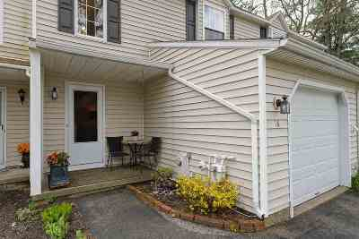 Saratoga County Single Family Home For Sale: 16 Deer Run Dr