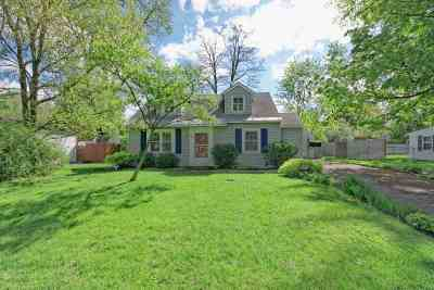 Schenectady County Single Family Home For Sale: 1058 Outer Dr