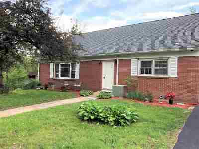 Rensselaer County Single Family Home New: 3034 Tibbits Av