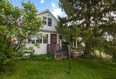 New Scotland Single Family Home For Sale: 34 Old New Salem Rd