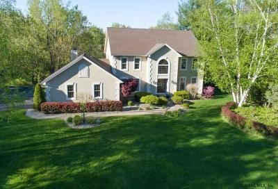 Halfmoon Single Family Home For Sale: 3 Windham Ct