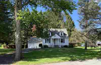 Colonie Single Family Home New: 49 New Shaker Rd