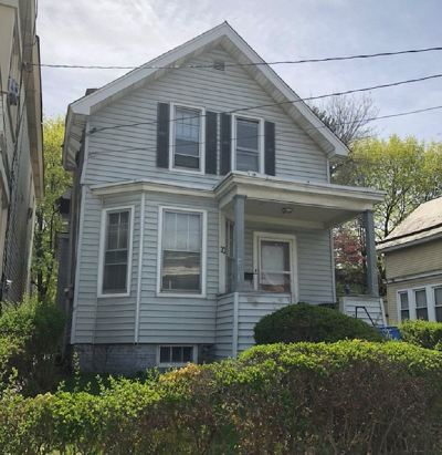 Albany Single Family Home For Sale: 30 Beverly Av