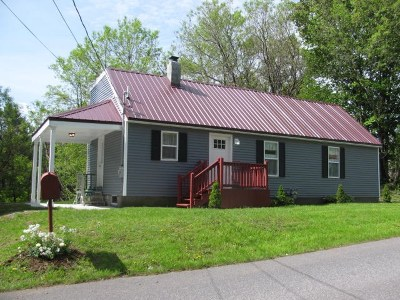 Gloversville Single Family Home For Sale: 89 W State St