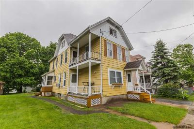Gloversville Single Family Home For Sale: 21 Alexander St