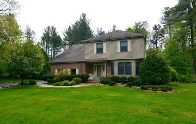 Wilton Single Family Home For Sale: 21 Deer Run