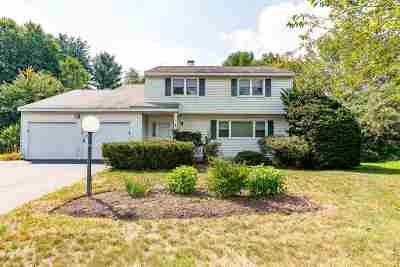 Single Family Home For Sale: 9 Liberty Ct