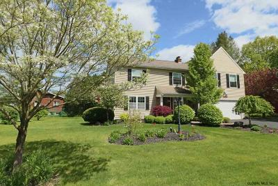 Saratoga Springs Single Family Home For Sale: 3 Salem Dr