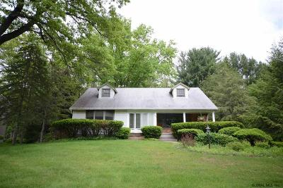 Guilderland Single Family Home For Sale: 109 Parkway Dr South