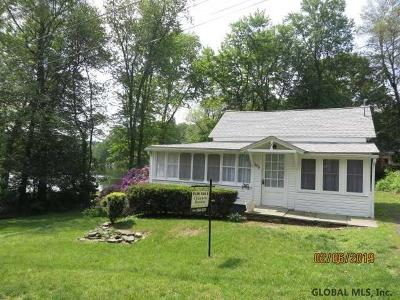 Columbia County Single Family Home For Sale: 102 Rose St