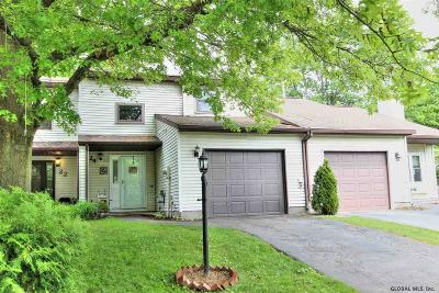 Clifton Park Single Family Home For Sale: 24 Tallow Wood Dr