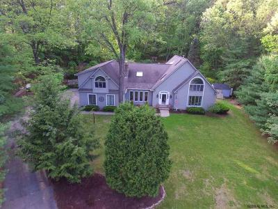 Queensbury Single Family Home For Sale: 20 Fox Hollow La