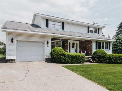 Colonie Single Family Home For Sale: 30 Overlook Av