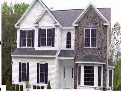 Saratoga County, Warren County Single Family Home For Sale: 211 Macory Way