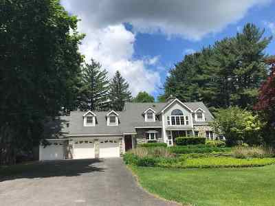 Niskayuna Single Family Home For Sale: 1015 Mohegan Rd