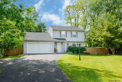 Single Family Home For Sale: 16 Jester Ct