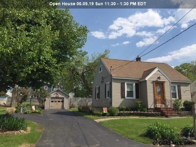 Colonie Single Family Home For Sale: 34 Dunning Av