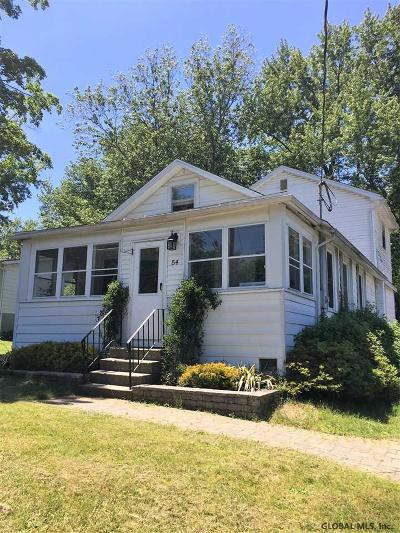 North Greenbush Single Family Home For Sale: 54 Edwards Rd