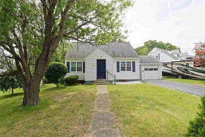Schenectady Single Family Home For Sale: 2922 Halsey Dr