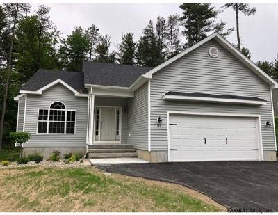 Saratoga County, Warren County Single Family Home For Sale: 12 Dakota Dr