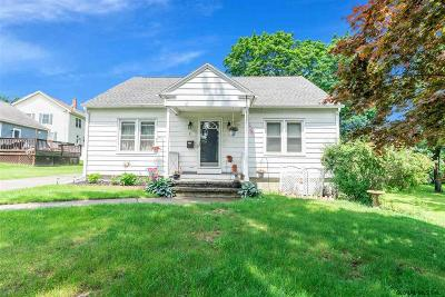 Albany County Single Family Home For Sale: 11 Layman St