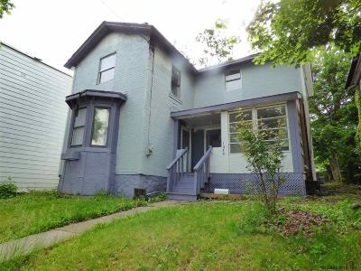 Rensselaer Single Family Home For Sale: 1576 Fourth St