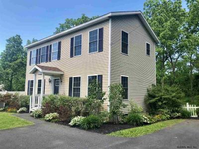 Single Family Home New: 479 Old Niskayuna Rd