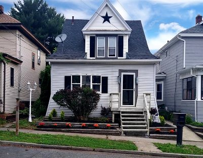 Watervliet Single Family Home For Sale: 707 Second St