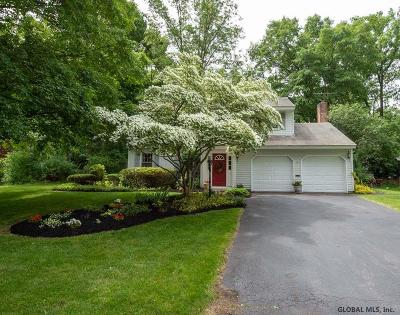 Bethlehem Single Family Home For Sale: 37 Linda Ct