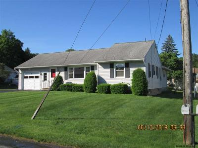 Single Family Home For Sale: 7 Ouimet Dr