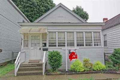 Watervliet Single Family Home For Sale: 1238 6th Av