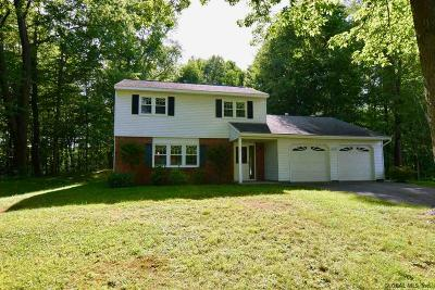 Ballston Spa, Malta, Clifton Park, Ballston Single Family Home For Sale: 2 Northwood Ct