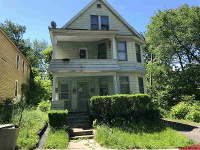 Schenectady Multi Family Home For Sale: 618-620 Lansing St