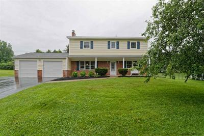 Clifton Park Single Family Home New: 10 Walden Glen