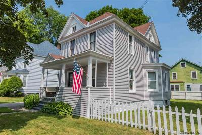 Gloversville Single Family Home For Sale: 27 Seventh Av