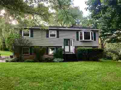 Voorheesville Single Family Home For Sale: 54 Glaston Ct