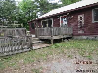 Schroon Single Family Home For Sale: 683 Charley Hill Rd