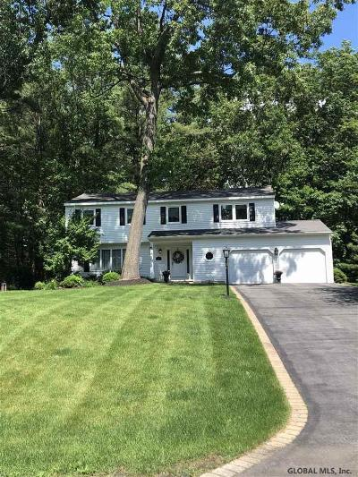 Wilton Single Family Home For Sale: 21 Christina Ct