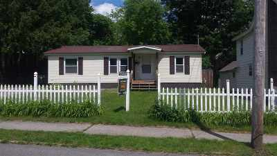 Gloversville Single Family Home For Sale: 22 N Judson St