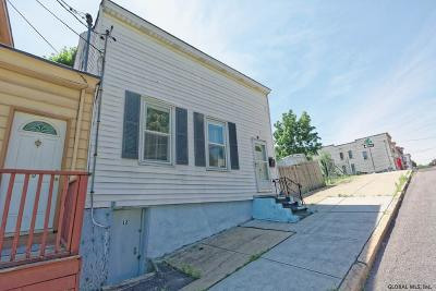 Albany Single Family Home For Sale: 12 Sloan St