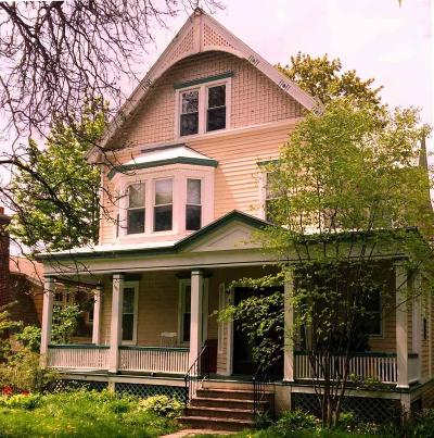 Albany Single Family Home For Sale: 52 S Allen St