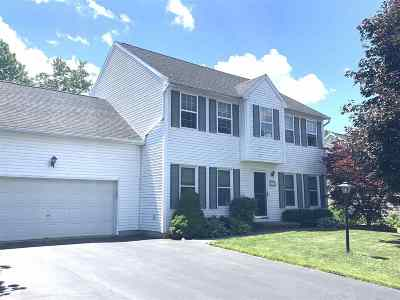 Colonie Single Family Home For Sale: 11 Balsam Way