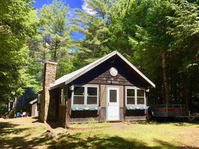 Hadley NY Single Family Home For Sale: $85,000
