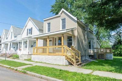 Rensselaer Single Family Home For Sale: 7 Nelson Av