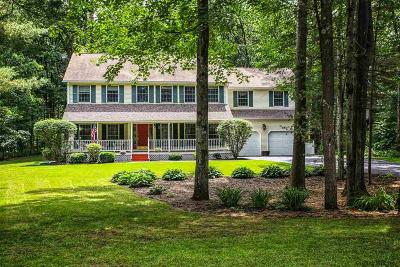 Wilton Single Family Home 48hr Contingency: 45 Hearthstone Dr