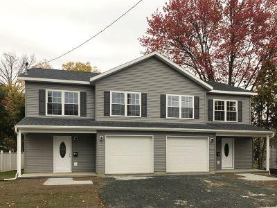 Saratoga County Single Family Home For Sale: 10a Bennington Av