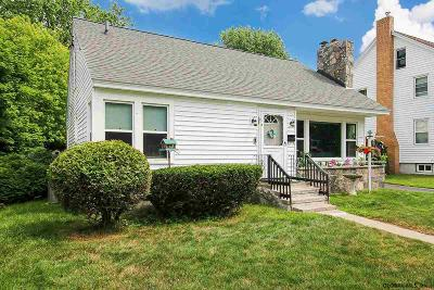 Gloversville Single Family Home For Sale: 26 West 12th Av