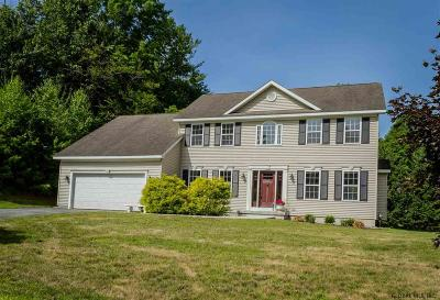 Saratoga Springs Single Family Home For Sale: 1 Bluebird Ct