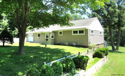 Queensbury Single Family Home For Sale: 820 Bay Rd