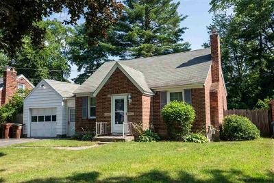 Guilderland Single Family Home For Sale: 106 Vaughn Dr